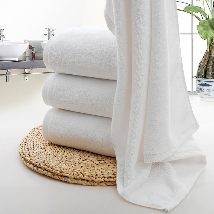 Khăn tắm - Màu trắng - K10.3