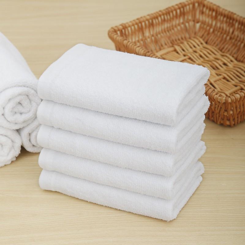Cách khắc phục tình trạng khăn khách sạn bị nhờn, hôi và cứng